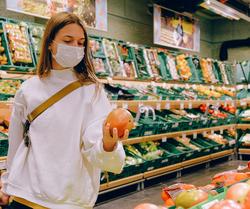 A partir de samedi, le port du masque devient obligatoire notamment dans les magasins